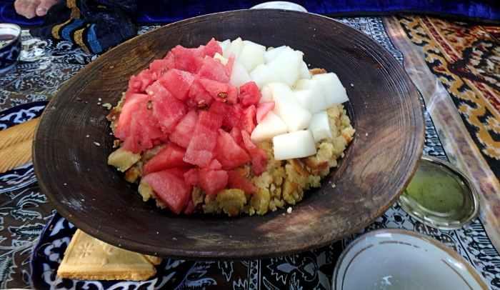 Fatir maska, un plato de almuerzo de pueblo