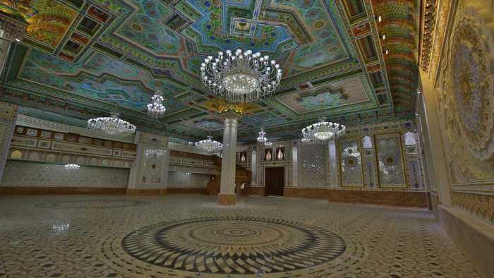La opulencia de la casa de té más grande del mundo está muy lejos de los Pamir